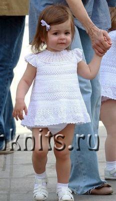 Платье крючком для девочки на 1 год