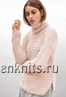 Стильный свитер спицами с рельефным узором