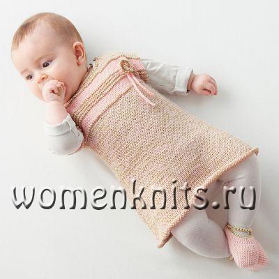 Платье  спицами для новорожденной