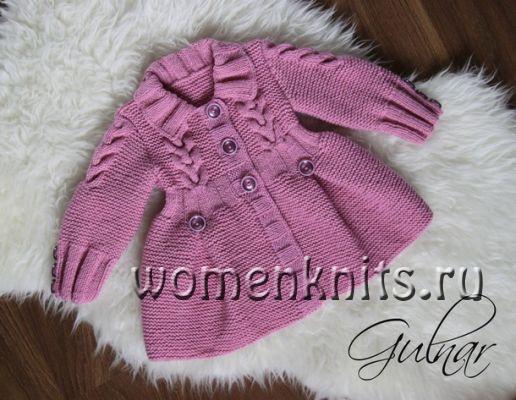 Пальто спицами для девочки