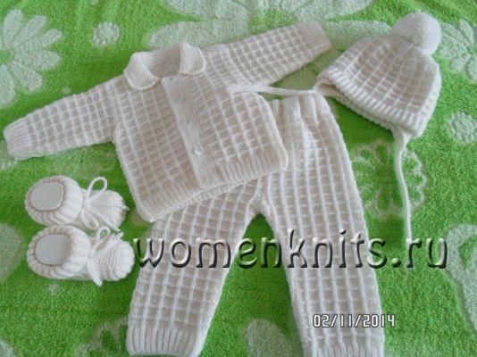 Комплект для новорожденных спицами