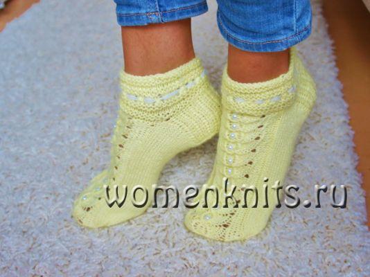 Короткие носочки спицами